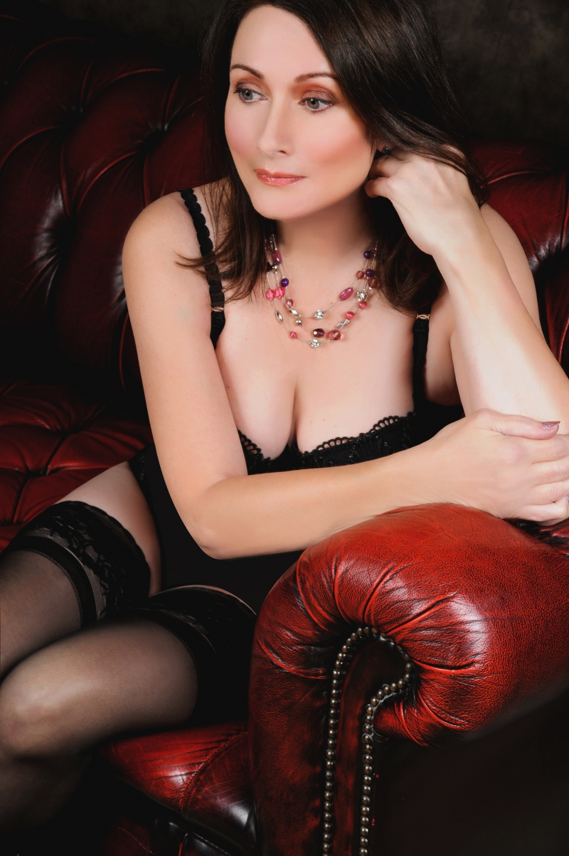 Lady catherine, british escort in milton keynes