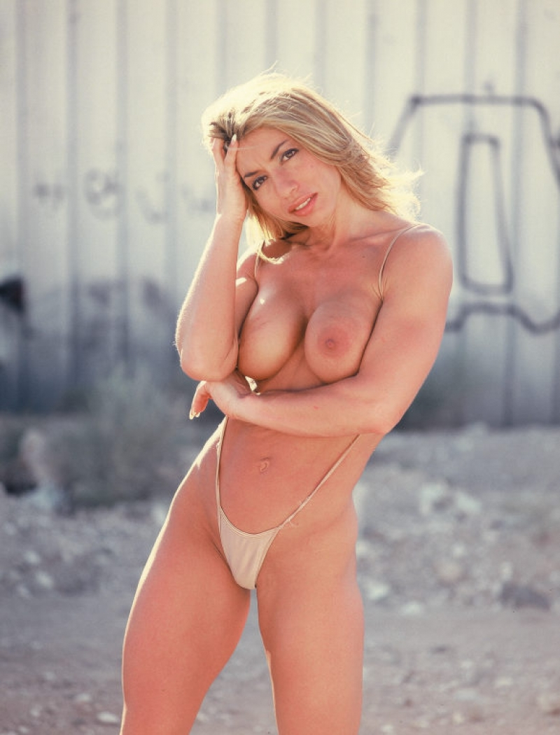 Virginia Beach Female Escorts
