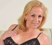 Washington DC Escort StunningSummer Adult Entertainer, Adult Service Provider, Escort and Companion.