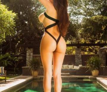 LOVeCAMiLA in Los Angeles escort