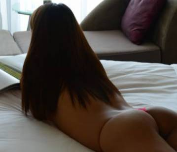 Phoenix Escort ChristineGFE Adult Entertainer in United States, Adult Service Provider, Escort and Companion.