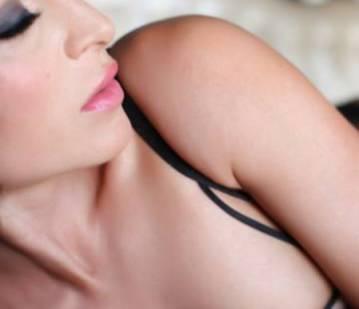 San Francisco Escort Monika Bellochi Adult Entertainer in United States, Adult Service Provider, Escort and Companion.