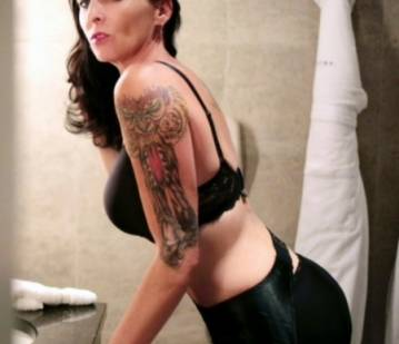 Tucson Escort RubyStar Adult Entertainer in United States, Adult Service Provider, Escort and Companion.