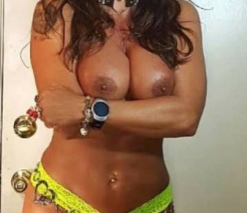 Phoenix Escort LISA MARIE HEART Adult Entertainer in United States, Adult Service Provider, Escort and Companion.