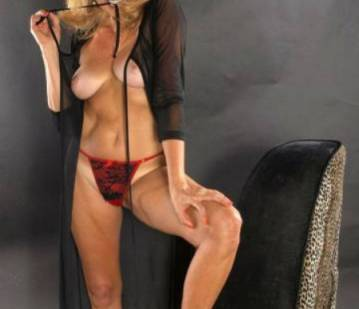 Denver Escort Mile Hi Jasmine Adult Entertainer in United States, Adult Service Provider, Escort and Companion.