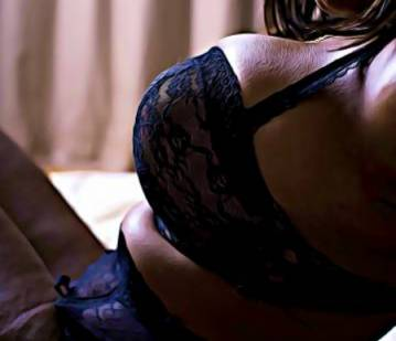 Denver Escort CoCo_Sweet Adult Entertainer in United States, Adult Service Provider, Escort and Companion.