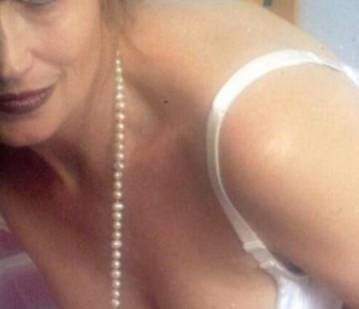 San Francisco Escort Deseray Adult Entertainer in United States, Adult Service Provider, Escort and Companion.