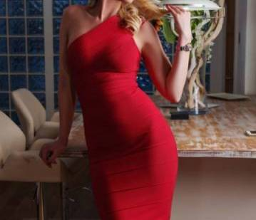 Maxine Mondaine in Hamburg escort