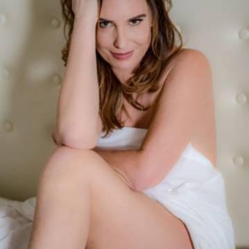 Jacksonville Escort Adason Lovelace Adult Entertainer, Adult Service Provider, Escort and Companion.