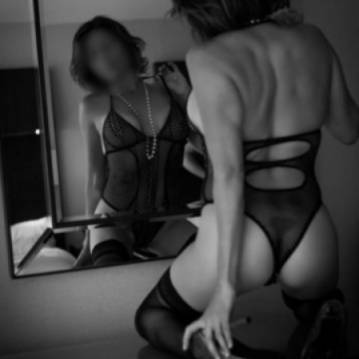 Boston Escort Samantha Sweet Adult Entertainer, Adult Service Provider, Escort and Companion.