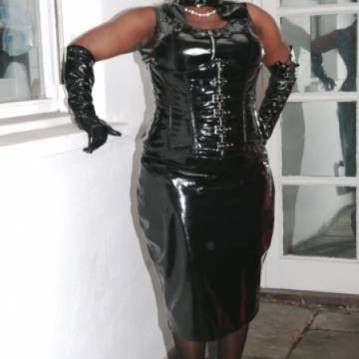 London Escort Goddess Dionne Adult Entertainer, Adult Service Provider, Escort and Companion.