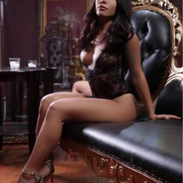 Fort Myers Escort Mena Mason Adult Entertainer, Adult Service Provider, Escort and Companion.