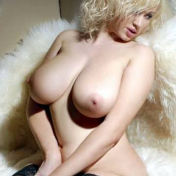 Paris Escort MILLY Adult Entertainer, Adult Service Provider, Escort and Companion.