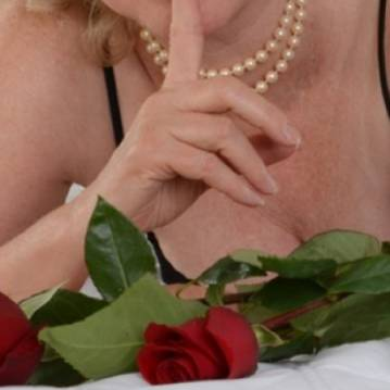 Seattle Escort RoseForSeattle Adult Entertainer, Adult Service Provider, Escort and Companion.