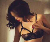 Chicago Escort BettyBrunette Adult Entertainer in United States, Female Adult Service Provider, Escort and Companion. photo 1
