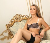 Paris Escort Viola-France Adult Entertainer in France, Female Adult Service Provider, Escort and Companion. photo 2