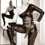 Domina M escort in Paris