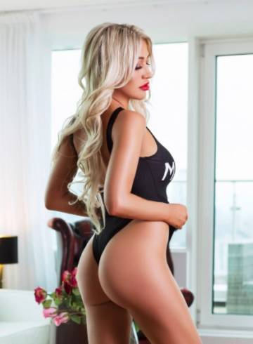 Las Vegas Escort Rose  Annabel Adult Entertainer in United States, Female Adult Service Provider, Escort and Companion.