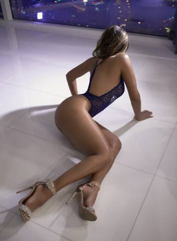 Las Vegas Escort Eve  Strong Adult Entertainer in United States, Female Adult Service Provider, Escort and Companion.
