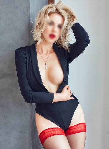 Los Angeles Escort AnaisDeluxe Adult Entertainer in United States, Female Adult Service Provider, Escort and Companion.