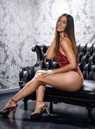 San Diego Escort Zia  Love Adult Entertainer in United States, Female Adult Service Provider, Escort and Companion.
