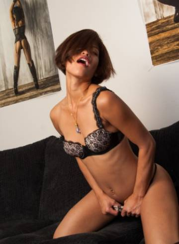 Los Angeles Escort Tess  X Adult Entertainer in United States, Female Adult Service Provider, Escort and Companion.