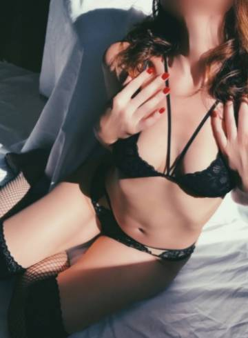 Los Angeles Escort Anabelle  Scott Adult Entertainer in United States, Female Adult Service Provider, Escort and Companion.
