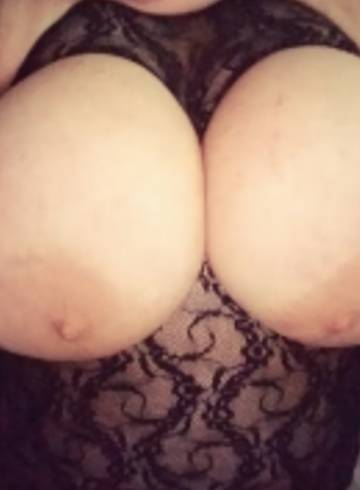 Orlando Escort BBW  Orlando Adult Entertainer in United States, Female Adult Service Provider, Escort and Companion.