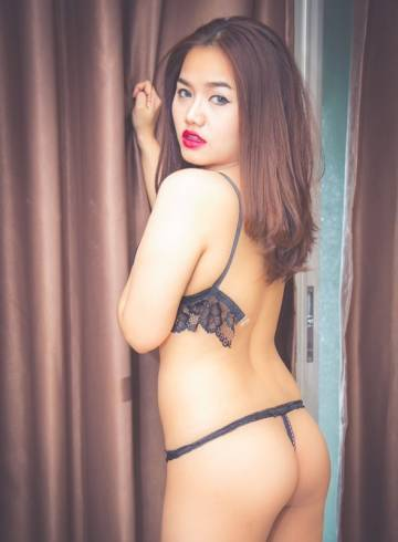 Bangkok Escort Poppy Adult Entertainer in Thailand, Female Adult Service Provider, Escort and Companion.