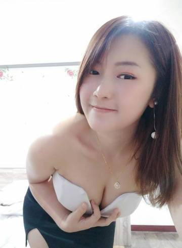 Bangkok Escort Petite  JIN Adult Entertainer in Thailand, Female Adult Service Provider, Escort and Companion.