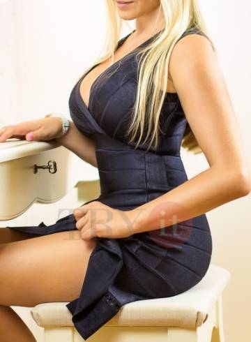 Prague Escort Donatella Adult Entertainer in Czech Republic, Female Adult Service Provider, Czech Escort and Companion.