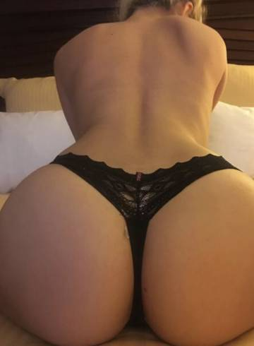 St. Louis, Missouri, Escort Laceylovee Adult Entertainer in United States, Female Adult Service Provider, Escort and Companion.