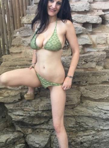 Amarillo Escort Miss  Carly Adult Entertainer in United States, Female Adult Service Provider, French Escort and Companion.