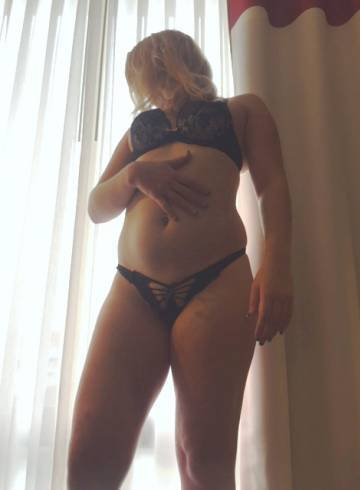 Oakland Escort JennaPop Adult Entertainer in United States, Female Adult Service Provider, Irish Escort and Companion.