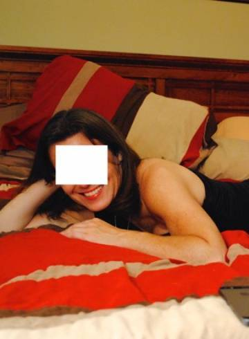 Kansas City Escort Heather  49 Adult Entertainer in United States, Female Adult Service Provider, American Escort and Companion.