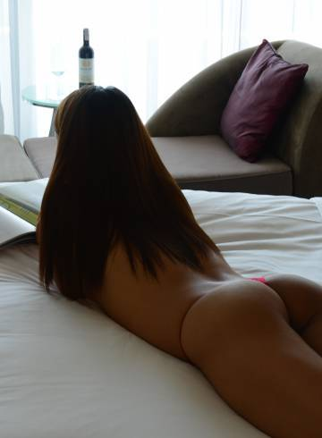 Phoenix Escort ChristineGFE Adult Entertainer in United States, Female Adult Service Provider, Filipino Escort and Companion.
