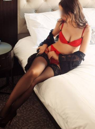 New York Escort Annie  Jewels Adult Entertainer in United States, Female Adult Service Provider, Escort and Companion.