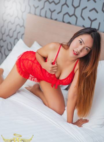 Bangkok Escort Pure  Tyler Adult Entertainer in Thailand, Female Adult Service Provider, Thai Escort and Companion.