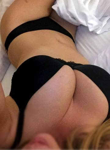 Chicago Escort Ms.  Kiki323 Adult Entertainer in United States, Female Adult Service Provider, American Escort and Companion.