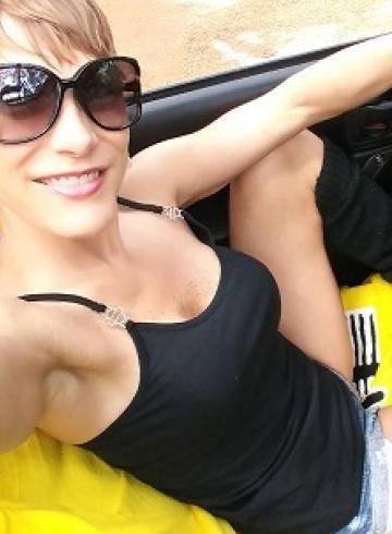 Raleigh Escort Marie69 Adult Entertainer in United States, Female Adult Service Provider, Escort and Companion.