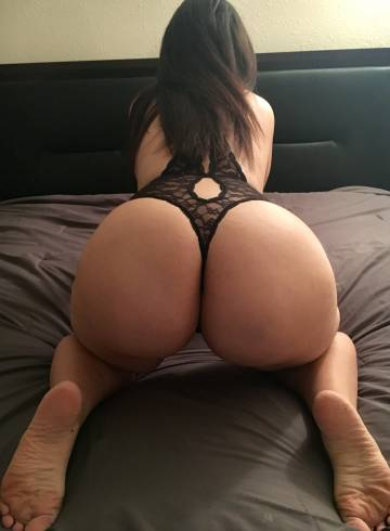 Phoenix Escort Abby88 Adult Entertainer in United States, Female Adult Service Provider, Escort and Companion.