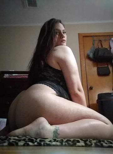 Austin Escort crystal_ Adult Entertainer in United States, Female Adult Service Provider, Escort and Companion.
