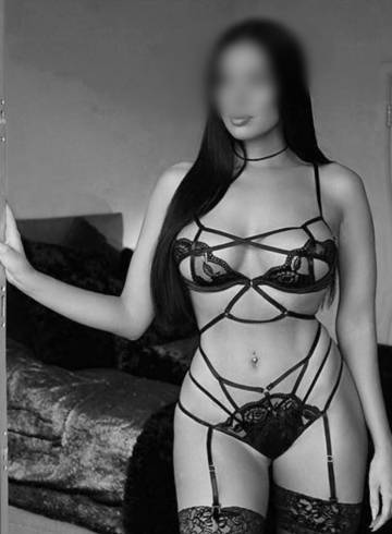 New York Escort Sonia  Love Adult Entertainer in United States, Female Adult Service Provider, Escort and Companion.