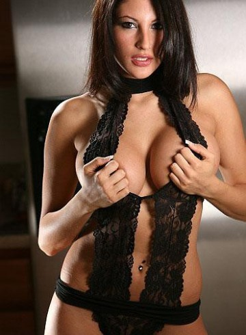 London Escort MeIissa Adult Entertainer in United Kingdom, Female Adult Service Provider, Spanish Escort and Companion.