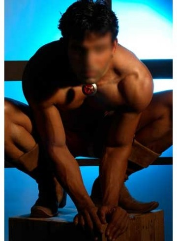 Mumbai Escort dickson Adult Entertainer in India, Male Adult Service Provider, Indian Escort and Companion.