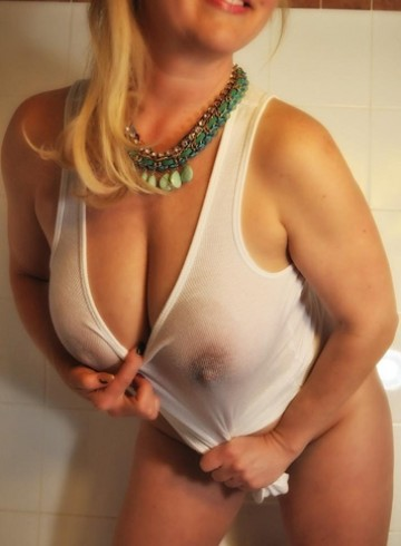 Vancouver Escort EuroSZabina Adult Entertainer in Canada, Female Adult Service Provider, Escort and Companion.
