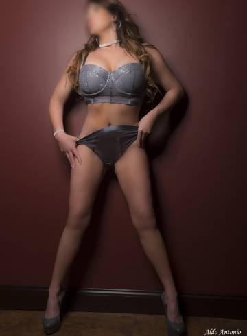 Cincinnati Escort Jemma  Jade Adult Entertainer in United States, Female Adult Service Provider, American Escort and Companion.