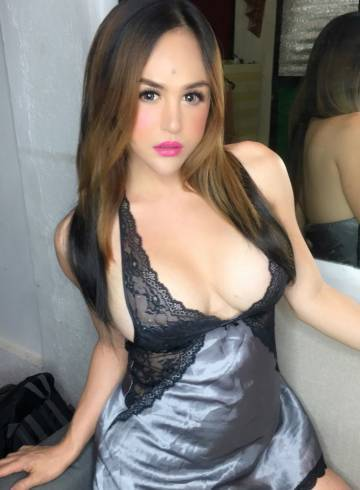 Makati Escort JuliaArchachie Adult Entertainer in Philippines, Trans Adult Service Provider, Filipino Escort and Companion.