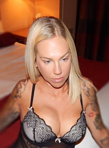 Las Vegas Escort Lauren_Vegas Adult Entertainer in United States, Female Adult Service Provider, American Escort and Companion.