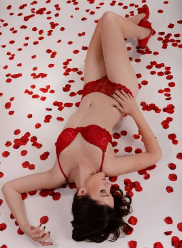 Wroclaw Escort MarleneLaventure Adult Entertainer in Poland, Female Adult Service Provider, German Escort and Companion.